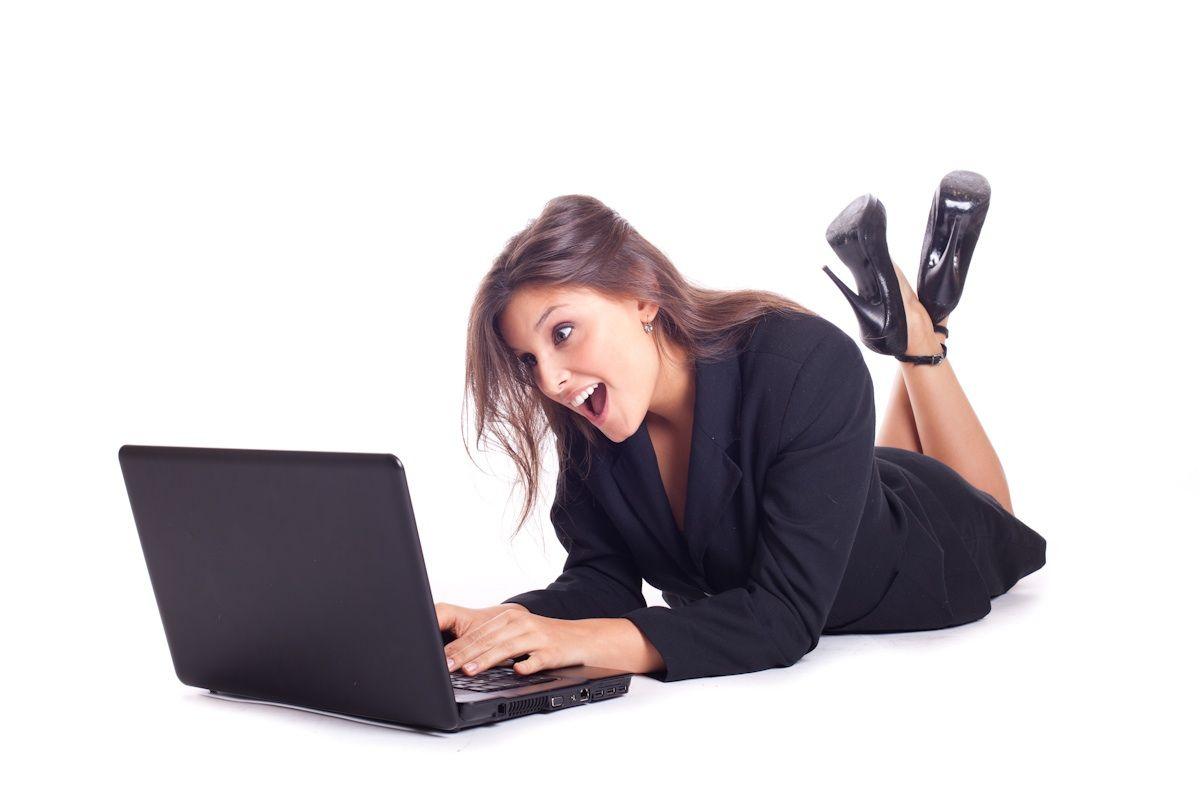 E-Mails werden häufiger genutzt als Social Media