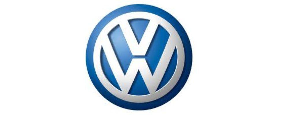 Videoanzeigen: Volkswagen fährt an der Spitze
