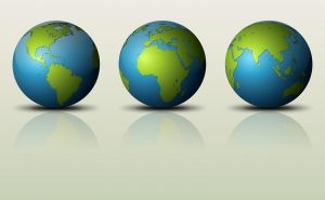 three-globes-1372599-m
