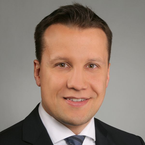Dr. Thomas Höppner, Rechtsanwalt, Olswang Germany LLP