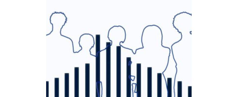 """Schwarmintelligenz: So viele Menschen arbeiten """"tatsächlich"""" im Online Marketing"""