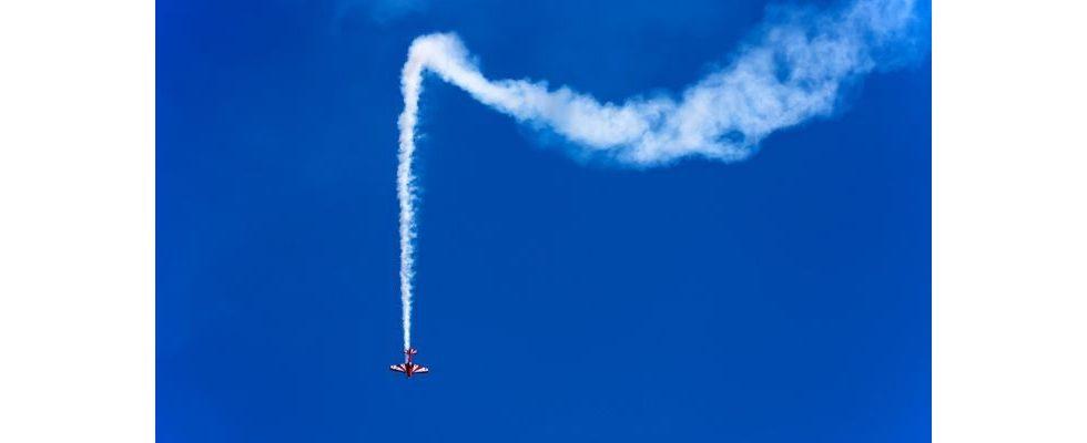 Vor dem Klick kommt der Flugzeugabsturz: In vier Schritten zu profitableren Display Ads