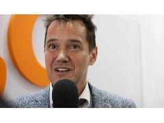 Dietmar Dahmen, CIO von ecx.io, beim Interview auf der dmexco 2015, © Tina Bauer / OnlineMarketing.de