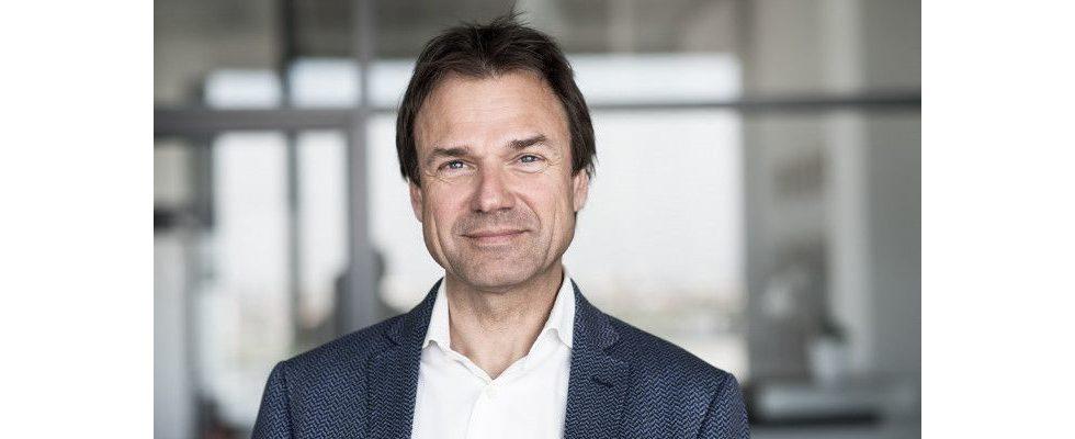 """""""Customer Engagement wird zum überlebenswichtigen Faktor – engage or die!"""" – Gerald Lanzerits, ecx.io  [Sponsored]"""