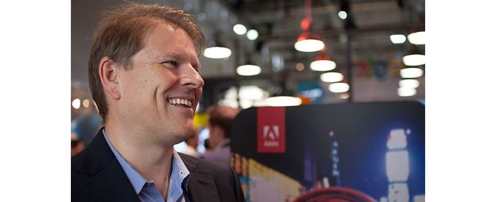 """""""Creativity is just as important as getting data for your marketing decisions"""" – John Watton, Adobe [Sponsored]"""