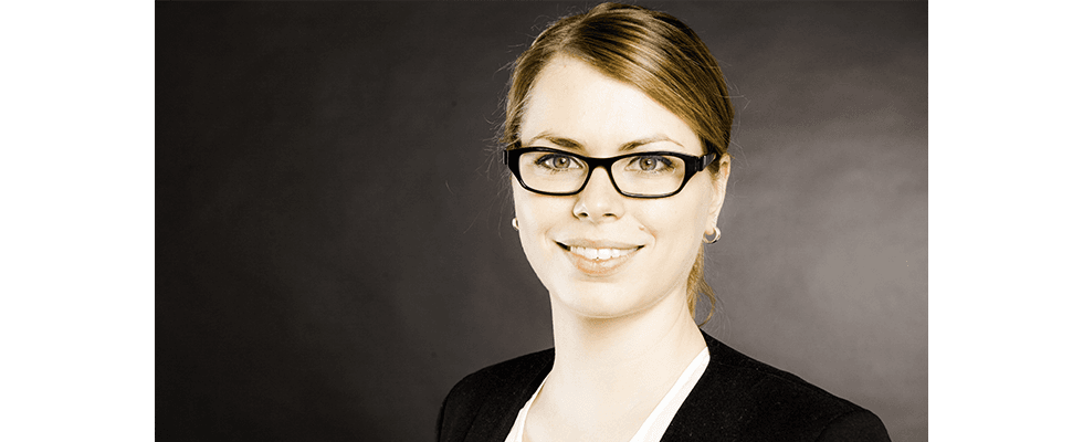 """""""Wir suchen Marketing-Experten, konzeptstarke Querdenker, kreative Zahlentüftler und Entwickler mit Erfindergeist"""" – Jette Klatt, HR Manager eprofessional"""