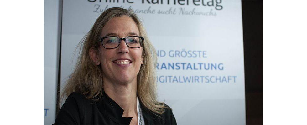 """""""Wir freuen uns über Lebensläufe mit Ecken und Kanten""""- Franziska von Lewinski, fischerAppelt"""