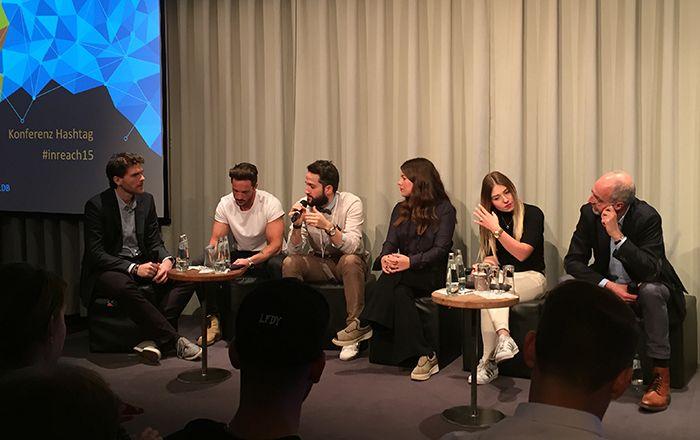 Der Influencer Panel #Interviewed versammelte Daniel Fuchs (Instagram: @MagicFox), Oğuz Yılmaz von Y-Titty, Jessica Weiss von Journelles und Bianca Heinicke (BibisBeautyPlace) auf der Bühne, die Einblicke in ihr Tun und Kooperationen gaben.