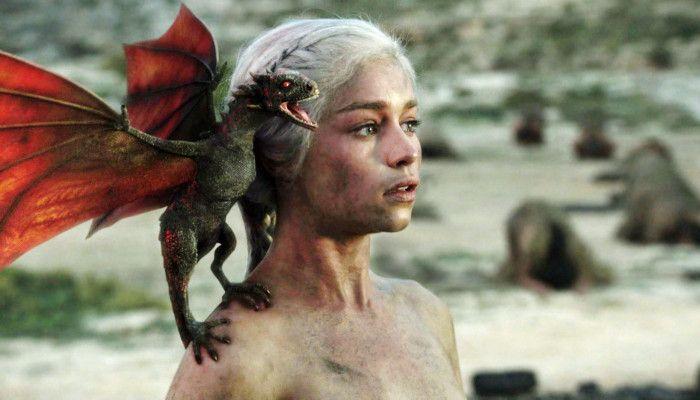Emilia Clarke als Daenerys Targaryen in Game of Thrones, © HBO