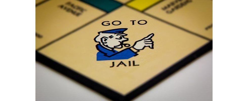 Erpressung: SEO zu 3 Jahren Haft und 175.000 Dollar Strafe verurteilt