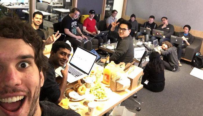 Zuckerbergs Entwickler-Team freut sich über den Launch von Facebook Reactions