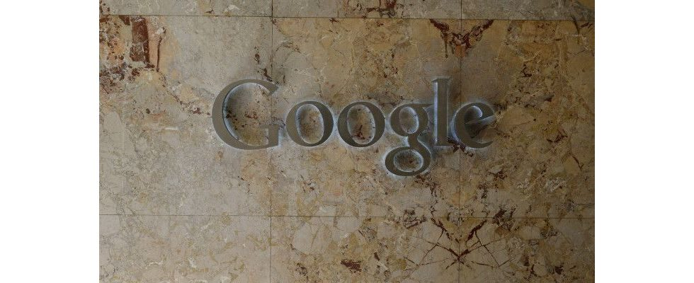 Google testet neue SERPs: AdWords verschwimmt weiter mit organischen Ergebnissen