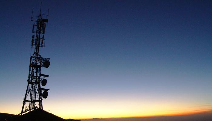 Das letzte Zeichen von Zivilisation auf 3.400 Metern Höhe: ein Mobilfunkmast. © Ralf Scharnhorst