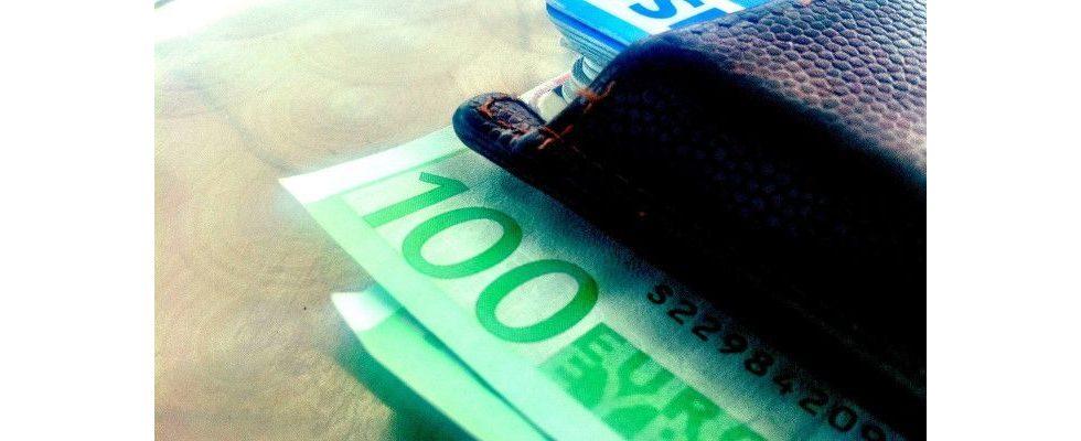 Unter- oder überbezahlt? So viel Geld verdienen Social Media Manager