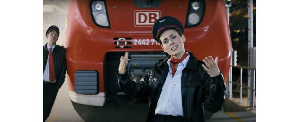 Lustige Videokampagne: Warum Eko Fresh mit dem Regio-Ticket der Deutschen Bahn rollt