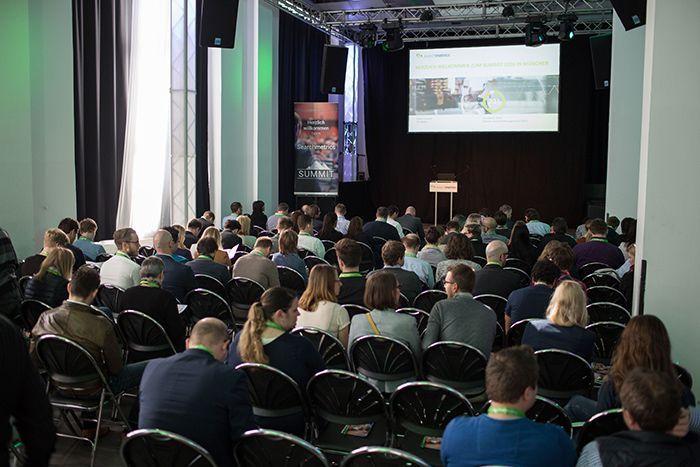 Die Teilnehmer auf dem letztjährigen Summit in München.