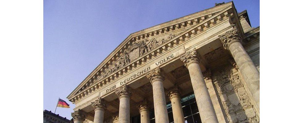 Hasskommentare: Bundestag verabschiedet Gesetz gegen Hetze- und Terrorpropaganda im Netz