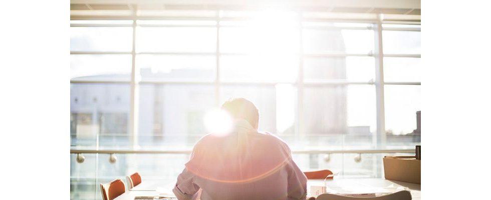 Kündigung voraus: 9 Führungsfehler, mit denen du deine besten Mitarbeiter verlierst