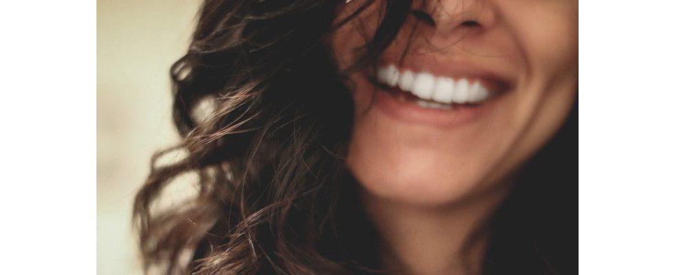 Dieses Phänomen sorgt dafür, dass du nur durch Unglück dauerhaft glücklich wirst