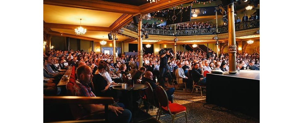 NEXT Conference 2017: Digital sucks