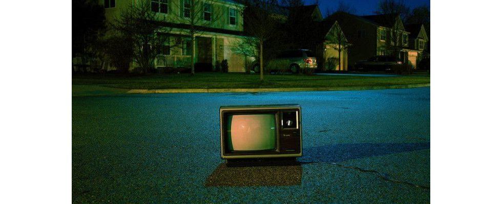 Kampf ums Wohnzimmer: Wie YouTube und Facebook TV-Werbung den Rang ablaufen