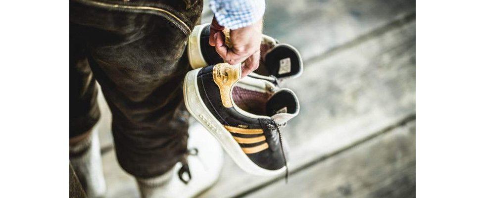 Wasserfest mit Prost-Schriftzug: Adidas stellt Leder-Sneaker zum Oktoberfest vor