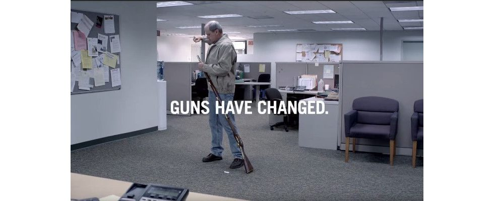 Doppelmoral bei WPP? Lobbyarbeit für die NRA und Ads für Waffenkontrolle liefen gleichzeitig