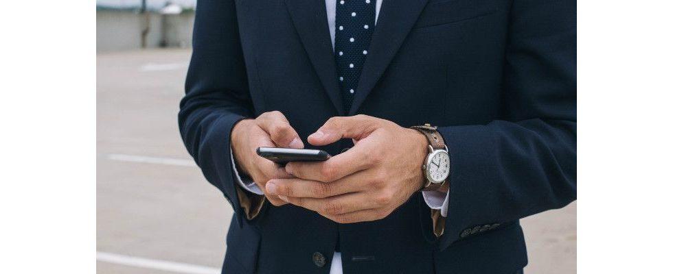 Whitepaper: So glänzt deine Marke bei jedem Social-Media-Auftritt