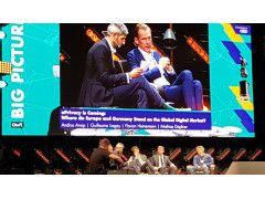 Matias Döpfner, Axel Springer auf der Bühne der OnlineMarketingRockstars