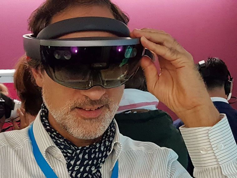 Die Microsoft Hololens und Ralf Scharnhorst