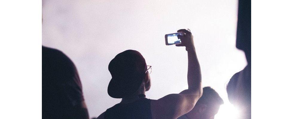 Mobile first ist in Deutschland Generationensache – doch der Video Marketing-Markt wächst bereits extrem