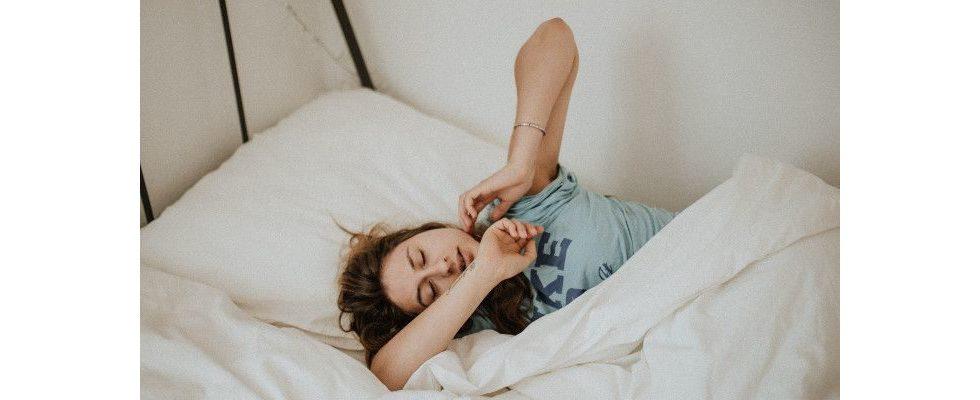 Schlafstörungen: Wie ein Schlaftagebuch deine Produktivität und Gesundheit verbessert