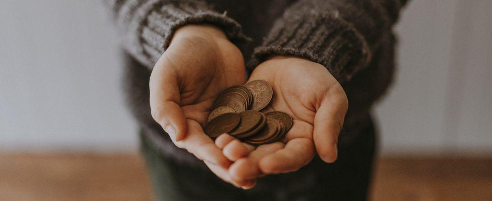 Bedingungsloses Grundeinkommen für mehr Freiheit: Ist es falsch für Arbeit bezahlt zu werden?