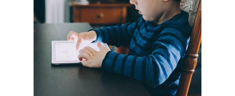 Werden bei YouTube Daten von Kindern zu Geld gemacht?