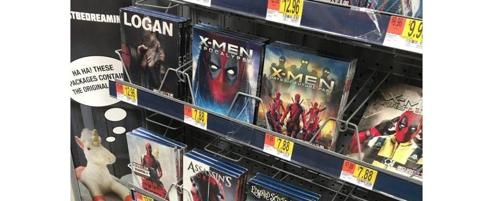 Marketing-Stunt: Deadpool crasht sämtliche Filmcover im Walmart