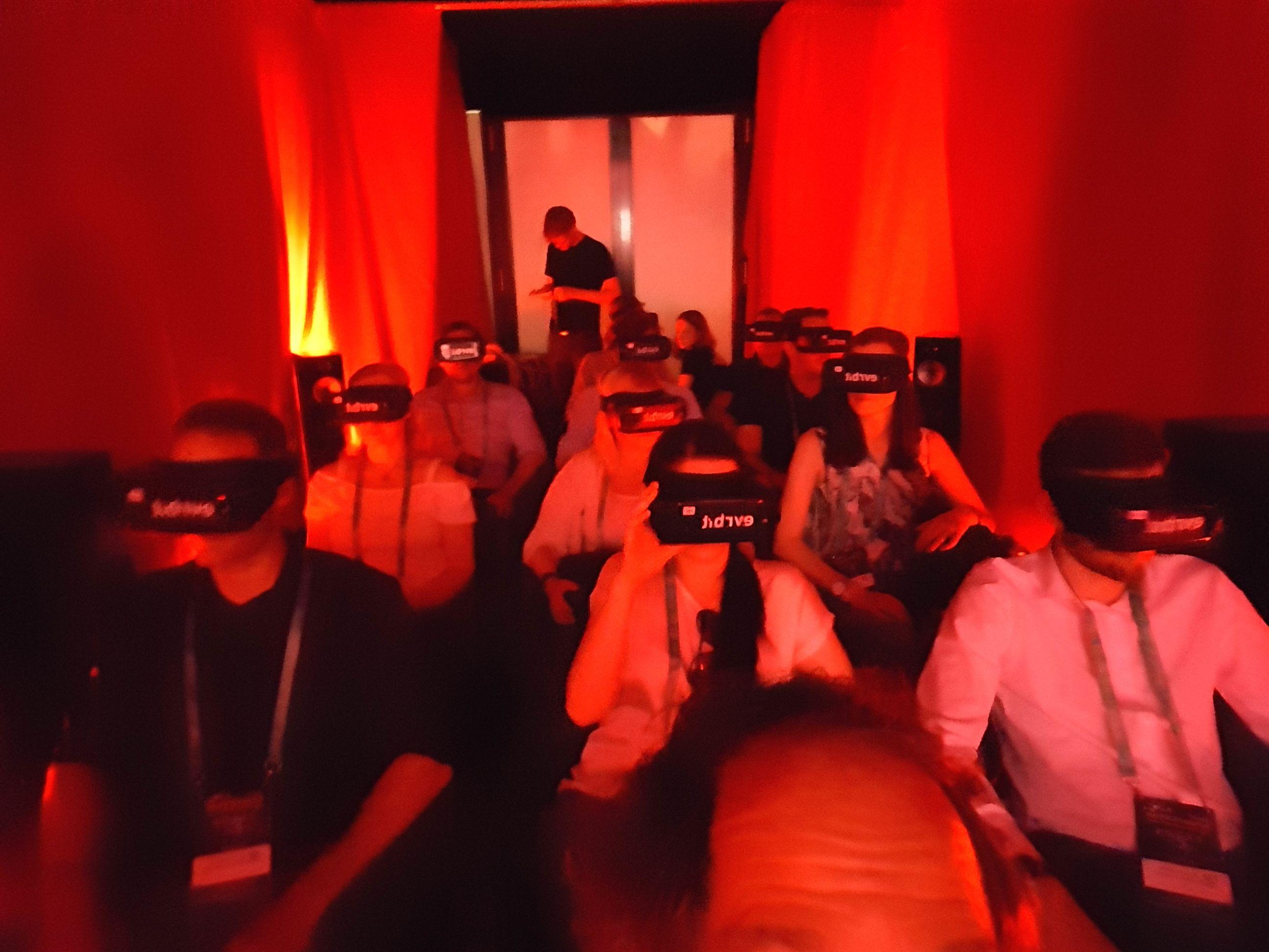 Virtual Reality - blind für die Realität