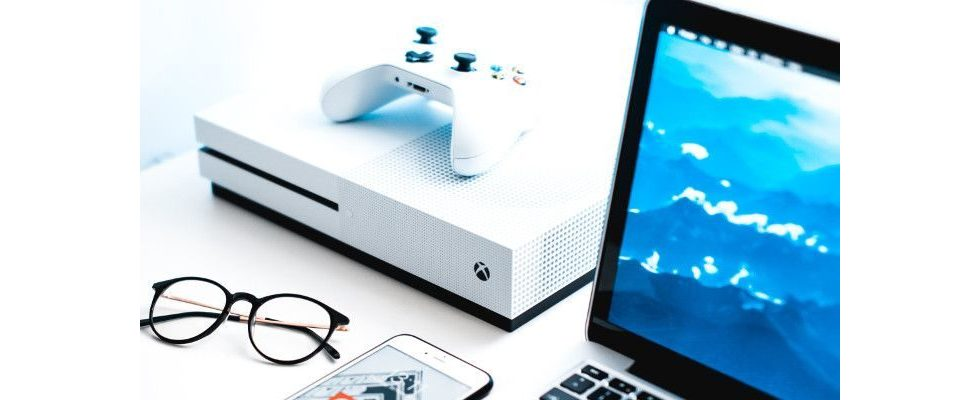 Neue Datensammelstelle? Alexa und Google Assistant wohl bald auf Xbox One