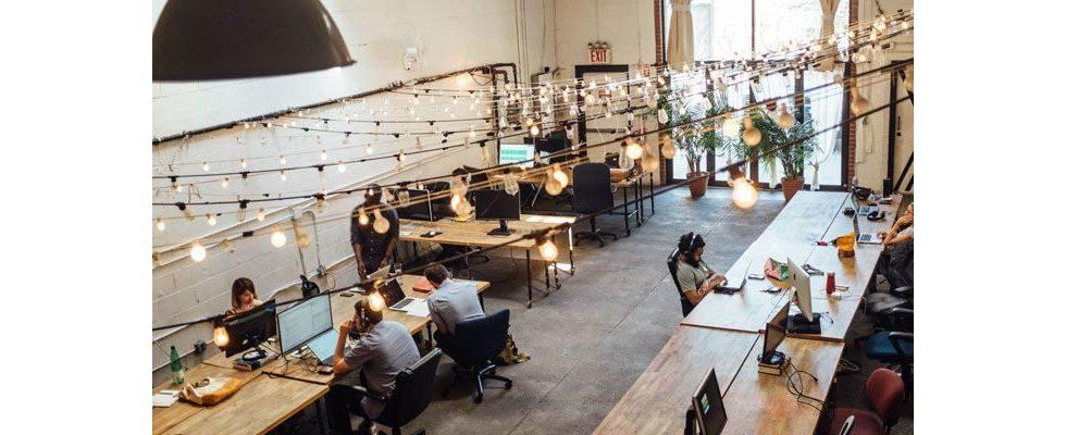 Anonymität im Großraumbüro: Mehr menschliche Nähe führt zu sinkenden sozialen Interaktionen