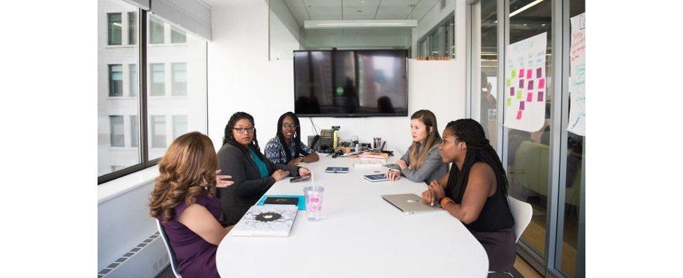 Meetings als Zeitfresser: 5 Ideen, um Sitzungen wieder effizienter zu gestalten