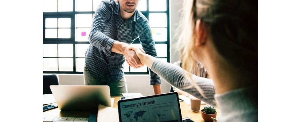Fluktuation verhindern: Einfache Maßnahmen um Mitarbeiter zu binden