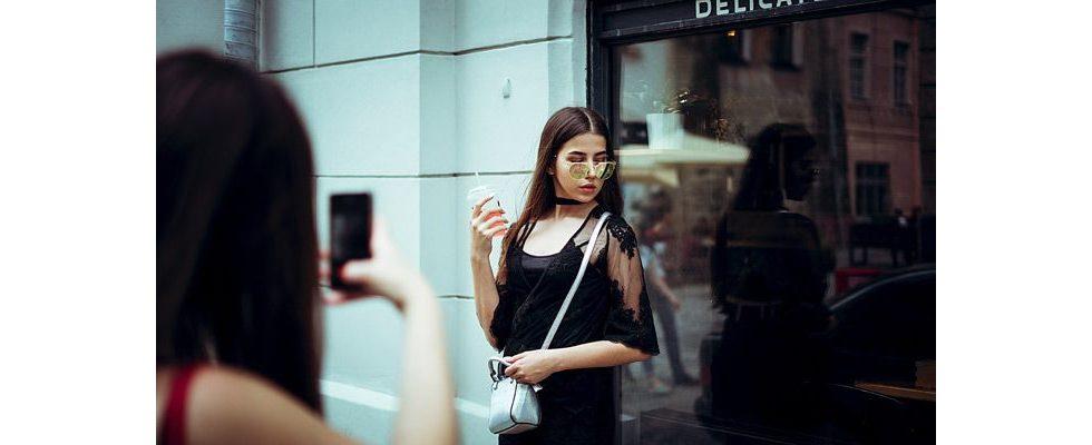 Neue Einnahmequelle für Schüler: Instagram Marketing als neuer Trend bei Ferienjobs