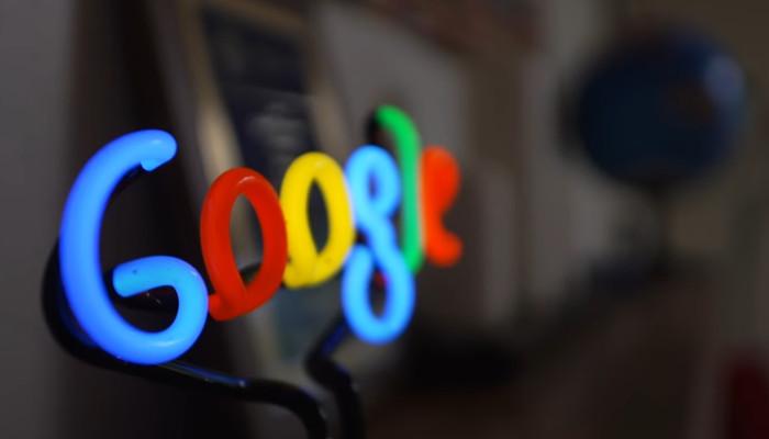 Fehlende Fakten ergänzen: Neues Feature für Googles Knowledge Panel? | OnlineMarketing.de