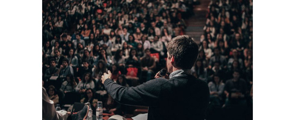 Rhetorik im Job: Mit diesen Hacks führt Sprache dich zum Erfolg