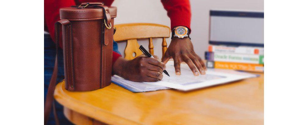 Whitepaper: Was in keinem Arbeitsvertrag fehlen darf