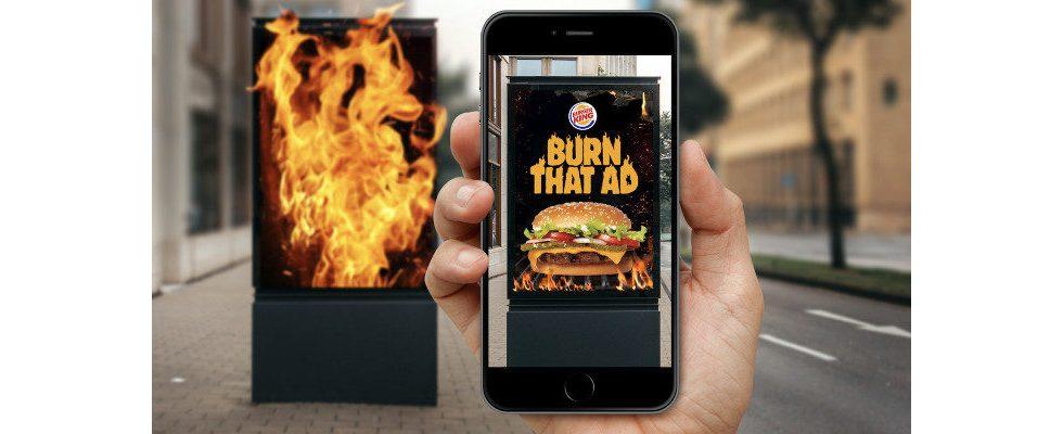Burger King lässt Kunden Werbung der Konkurrenz verbrennen