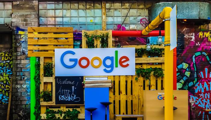 Google Sign Vor Paletten und Co.