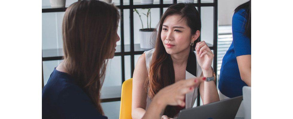 Die Macht des Small Talks: So entsteht eine Bindung zum Kunden