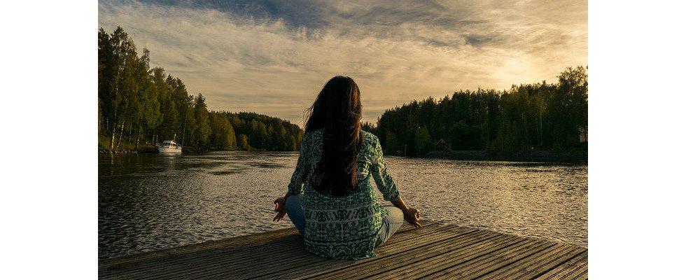 Meditation und Meditationsapps: Geheimwaffe gegen den alltäglichen Bürostress?
