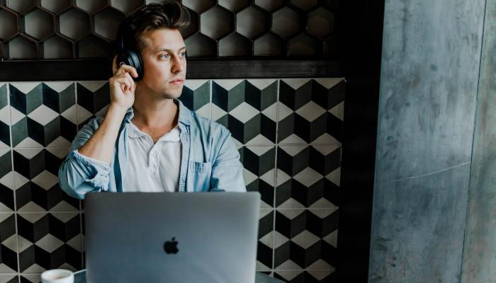 Für Advertiser und Netzwerke: Nielsen ermittelt Daten zu Podcast-Hörern | OnlineMarketing.de