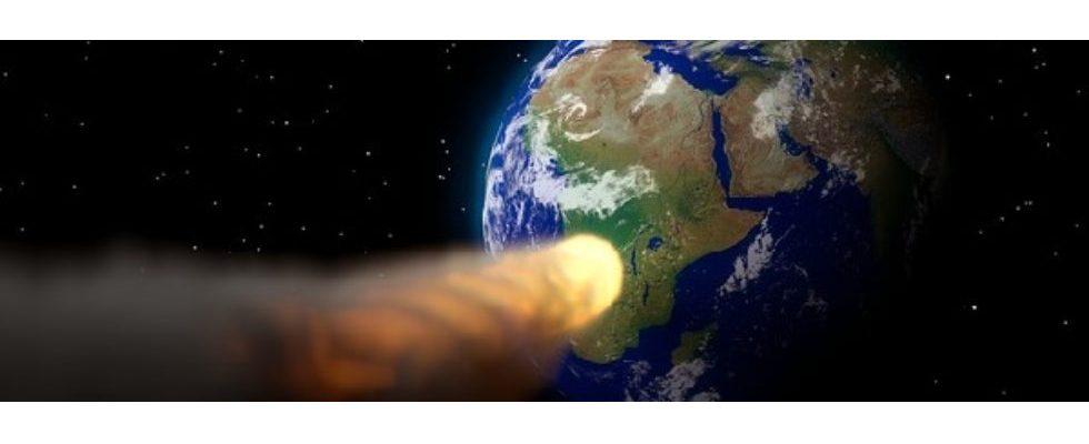 Kurz erwähnt: Astroid vs. Erde